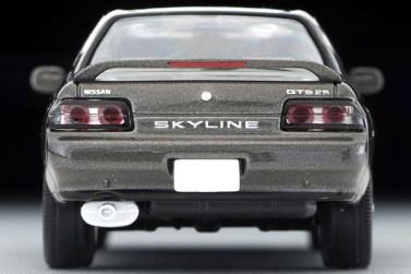 Tomica-Limited-Vintage-Neo-Nissan-Skyline-GTS25-TypeX-G-Grey-004