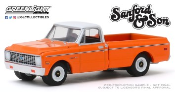 GreenLight-Collectibles-Hollywood-26-1971-Chevy-C-10-Sanford-and-Son