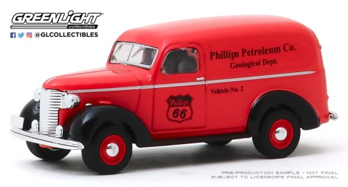 GreenLight-Collectibles-Running-on-Empty-10-1939-Chevy-Panel-Truck-Phillips-66