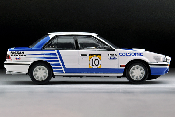 Tomica-Limited-Vintage-Bluebird-SSS-R-Calsonic-10-008