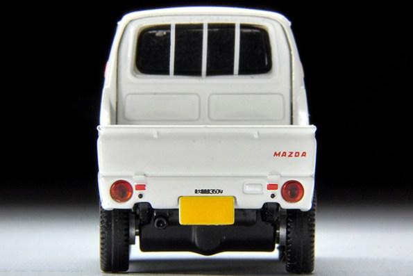 Tomica-Limited-Vintage-Mazda-Porter-Cab-blanc-007