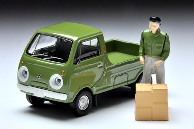 Tomica-Limited-Vintage-Mazda-Porter-Cab-vert-001