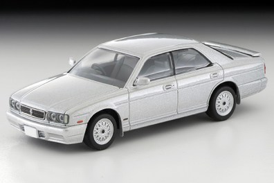 Tomica-Limited-Vintage-Nissan-Cedric-Gran-Turismo-Ultima-Type-X-Argent-001