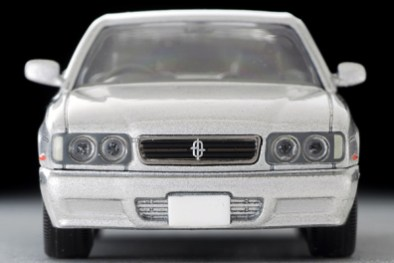 Tomica-Limited-Vintage-Nissan-Cedric-Gran-Turismo-Ultima-Type-X-Argent-003