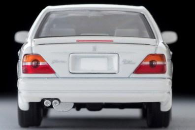 Tomica-Limited-Vintage-Nissan-Gloria-Gran-Turismo-Altima-Type-X-blanche-004