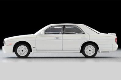Tomica-Limited-Vintage-Nissan-Gloria-Gran-Turismo-Altima-Type-X-blanche-005