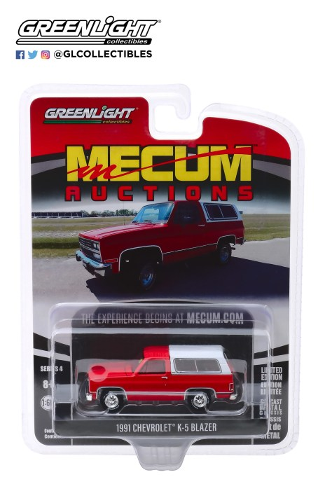 GreenLight-Collectibles-Mecum-Auctions-Series-4-1991-Chevrolet-K5-Blazer