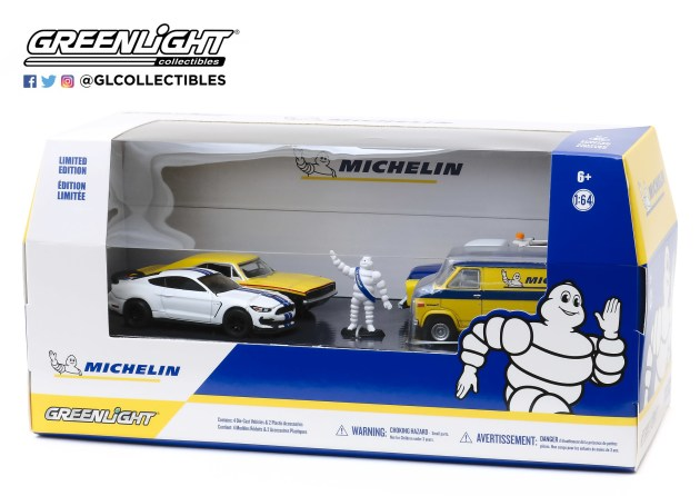 GreenLight-Collectibles-Michelin-Service-Center-001