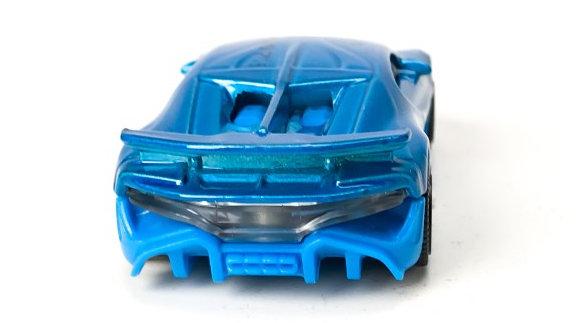 Matchbox-Bugatti-Divo-003