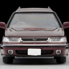 Tomica-Limited-Vintage-Subaru-Legacy-Wagon-rouge-003