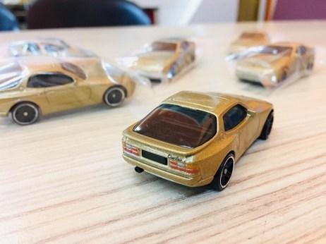 Hot-Wheels-Mainline-2020-89-Porsche-944-Turbo-002