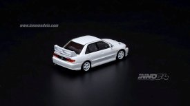 Inno64-Mitsubishi-Lancer-Evolution-III-003