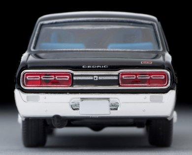 Tomica-Limited-Vintage-Neo-Nissan-Cedric-2000GL-Black-005