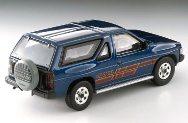 Tomica-Limited-Vintage-Neo-Nissan-Terrano-R3M-Navy-003