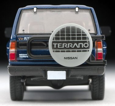 Tomica-Limited-Vintage-Neo-Nissan-Terrano-R3M-Navy-005