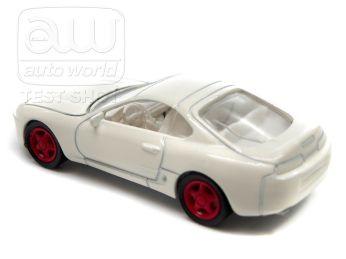 Auto-World-Toyota-Supra-MK4-004