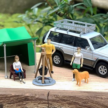 Tomica-Limited-Vintage-Neo-Diorama-Mitsubishi-Pajero-Midroof-Wide-VR-003