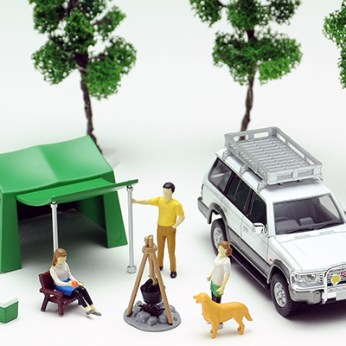 Tomica-Limited-Vintage-Neo-Diorama-Mitsubishi-Pajero-Midroof-Wide-VR-004