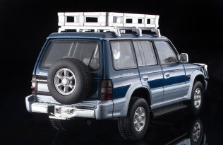 Tomica-Limited-Vintage-Neo-Mitsubishi-Pajero-VR-003