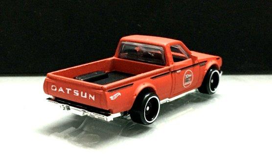 Hot-Wheels-2020-Datsun-620-002