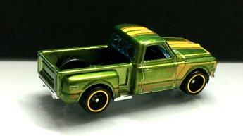 Hot-Wheels-Mainline-2020-Super-Treasure-Hunt-69-Chevy-Pickup-003