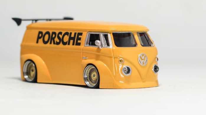 Hot-Wheels-Volkswagen-T1-Panel-custom-by-Syabil-Destha-Jr-002