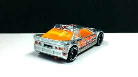 Hot-Wheels-id-2020-Ford-RS200-002