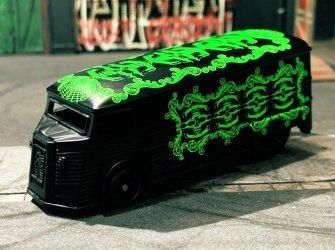 Drag-H-Van-King-of-custom-Hells-Dept-001