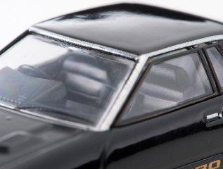 Tomica-Limited-Vintage-Neo-Nissan-Silvia-Hatchback-Turbo-ZSE-noir-008