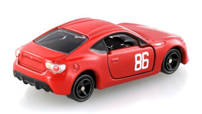 Tomica-MF-Ghost-Toyota-GT86-Kanata-Rivington-003