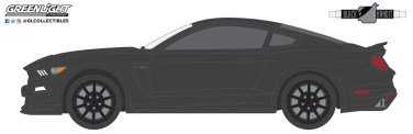 GreenLight-Collectibles-Black-Bandit-24-Ford-Mustang-Shelby-GT350