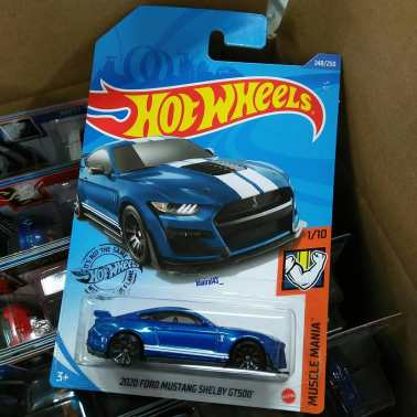 Hot-Wheels-2020-2020-Ford-Mustang-Shelby-GT500-005