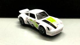 Hot-Wheels-Forza-Motorsport-2020-Porsche-934-Turbo-RSR-003