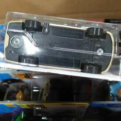 Hot-Wheels-Mainline-2020-Ford-F-150-Lightning-006