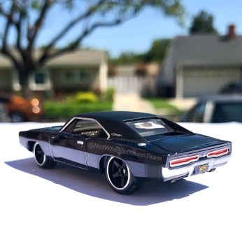Hot-Wheels-Red-Line-Club-2020-1969-Dodge-Charger-RT-Restomod-004