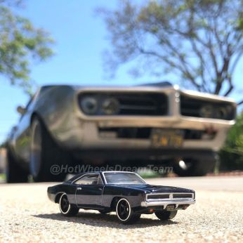 Hot-Wheels-Red-Line-Club-2020-1969-Dodge-Charger-RT-Restomod-005