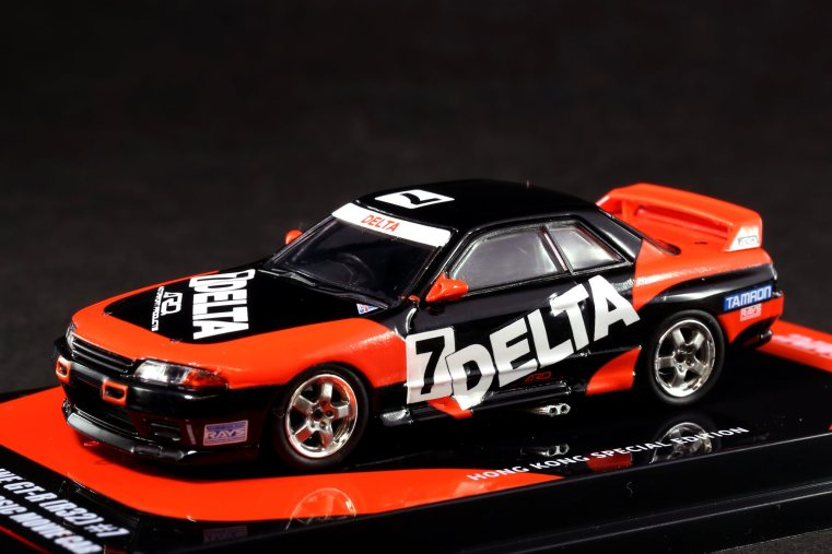 Inno-64-Nissan-Skyline-GT-R-R32-Delta-HK-Classic-Movie-Car-001
