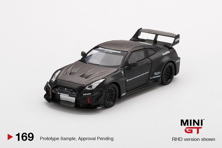 Mini-GT-LB-Silhouette-Works-GT-Nissan-35GT-RR-Black-001
