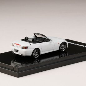 Hobby-Japan-Honda-S2000-AP1-Type-120-Customized-Version-Grandprix-white-002