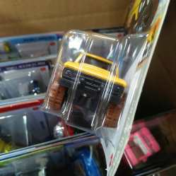 Hot-Wheels-Mainline-2020-70-Dodge-Power-Wagon-005