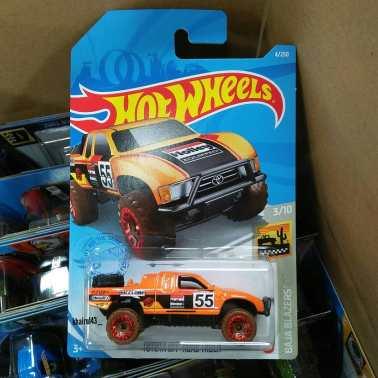 Hot-Wheels-Mainline-Toyota-Baja-Truck-001