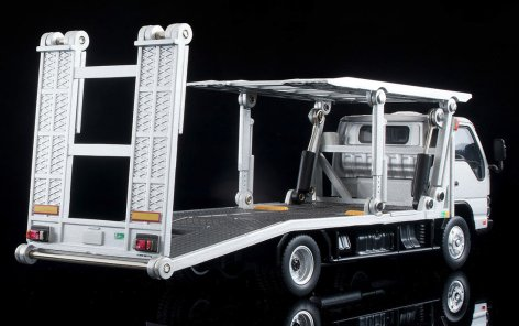 Tomica-Limited-Vintage-Neo-Nissan-Atlas-Hanamidai-Automotive-Big-Wide-Silver-003