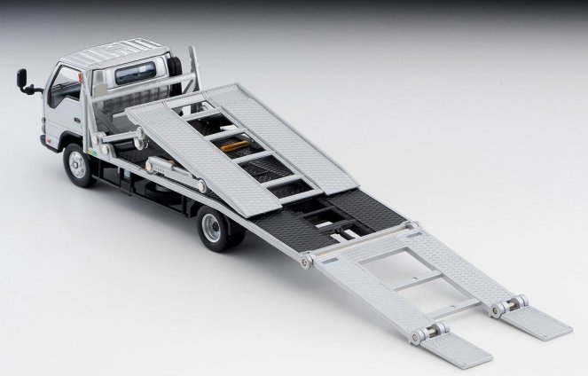 Tomica-Limited-Vintage-Neo-Nissan-Atlas-Hanamidai-Automotive-Big-Wide-Silver-009