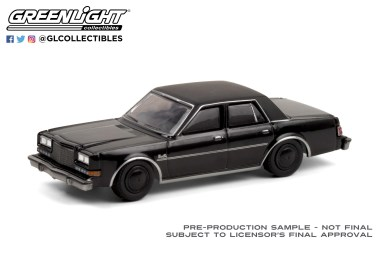GreenLight-Collectibles-Black-Bandit-24-1987-Plymouth-Gran-Fury