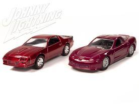 Johnny-Lightning-Chevy-Camaro-Z28-2012-Chevy-Corvette-Z06-004