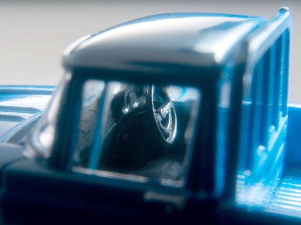 Tomica-Limited-Vintage-Neo-Toyota-Stout-Bleu-004