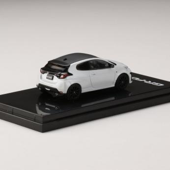 Hobby-Japan-Minicar-Project-Toyota-GR-YARIS-RZ-High-performance-Platinum-White-Pearl-Mica-002