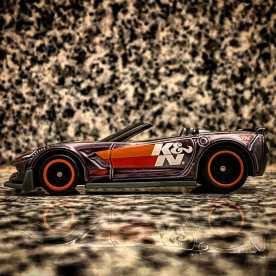 Hot-Wheels-Corvette-C7-Z06-Convertible-Super-Treasure-Hunt-2021-003