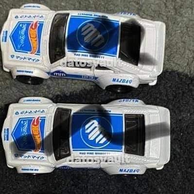 Hot-Wheels-Mainline-2021-Mazda-RX3-Super-Treasure-Hunt-003