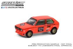 GreenLight-Collectibles-Club-V-Dub-12-1975-Volkswagen-Golf-Mk1-Group-2